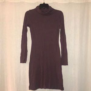 Purple cowl-neck bodycon dress